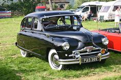 Standard Vanguard Phase IA 1952.   The Standard Vanguard is a car produced by the Standard Motor Company in Coventry from 1947 to 1963.