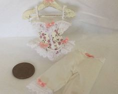 DollsHouse 1:12 scale Miniature Ladies Victorian style pink bow White Lace Corset and matching pantaloons set