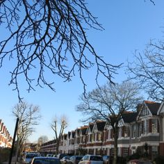 """#Writing  """"I shut the door against the damp London chill,"""" Aimee 