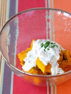 爽やかなソースでヘルシーサラダに|『ELLE gourmet(エル・グルメ)』はおしゃれで簡単なレシピが満載!
