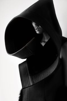 Revisited: Sensitivity to Form – fashion photography by Matthieu Belin for Qiu Hao | Dexignia