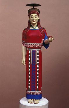 Another version of the peplos kore (Museum of Classical Archaeology, Cambridge)