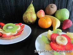 Tartaletas individuales de fruta y hojaldre
