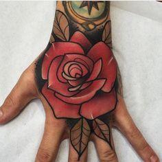 Tattoo de @kike.esteras con material @barber_dts @barberdts.spain. @balm_tattoo Para citas / for bookings info@goldstreetbcn.com #tattoo #goldstreettattoo #barcelona