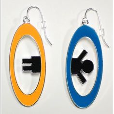 Portal 2 Inter-Spatial Portal Earrings Ear rings Features Perfect for Portal 2 fans! Officially Licensed Professionally designed and molded Made to last 3.15 inches Portal 2 Jewelry Earrings