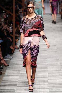 Missoni   Spring 2014 Ready-to-Wear Collection   Charlotte Wiggins Modeling   Style.com