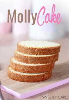 Decorating Cakes 71308 The recipe for molly cake for all your realizations of layered cakes, an extremely soft cookie, light and not at all dry in the mouth. A recipe Layered Desserts, Cake Recipes From Scratch, Number Cakes, Salty Cake, Chiffon Cake, Drip Cakes, Food Cakes, Banana Pudding, Sweet Cakes