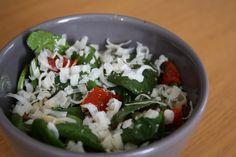 Spinazie salade met Parmezaanse kaas
