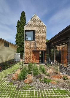 Designed by Austin Maynard Architects Tower House is a weatherboard home renovation that looks like a small village rather than a monolithic block. Architecture Design, Contemporary Architecture, Tiny House, Architects Journal, Tower House, Small Buildings, Home Renovation, House Plans, New Homes