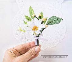 Wedding boutonniereProm boutonniere Daisy by JJFlowersAndCrafts