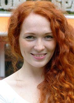Single redhead women