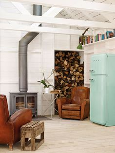 Smeg FAB30RFG fridge in pastel green