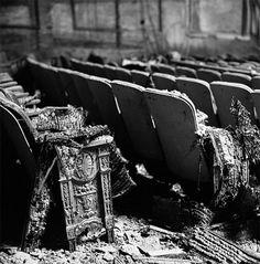Urban decay photography: the haunting beauty of abandoned theaters - Blog of Francesco Mugnai