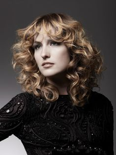 #curly blonde hair,#ombre
