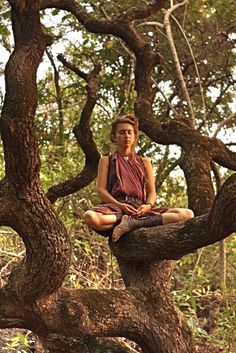 Med·i·ta·tion Temp·ta·tion- Inner, outer peace through yoga, food, and meditation. Estilo Hippy, Hippie Culture, Stress, Yoga Meditation, Into The Woods, Dream Life, Hippie Boho, Hippie Chick, Yoga Poses