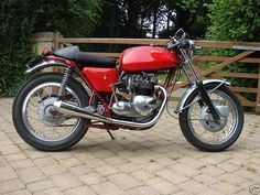 1971 Tribsa 500	The engine is a Triumph T100R 500 1971 / 2 unit twin - arguably one the best of the 60's / 70's unit twins that Triumph designed and manufactured. It has twin carbs, twin coil ignition, and has been fitted with an 'electronic' points conversion (probably Boyer). Some external changes suggest that appears to have been owned by a past enthusiast i.e it is fitted with twin performance air filters and the rocker covers have been neatly wired. The frame and running gear are from a…