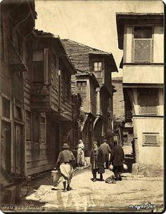 Küçük Ayasofya Cami Sokak - 1870'ler