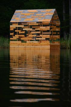 The invisible #house! Hide (if you can) in the middle of this river. #Wood + #glass