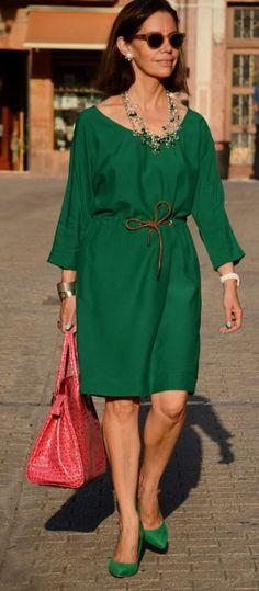 Best Fashion Ideas For Women Over 50 - Fashion Trends Mature Fashion, Fashion For Women Over 40, 50 Fashion, Trendy Fashion, Plus Size Fashion, Trendy Style, Fashion Fall, Style Fashion, Fashion Trends
