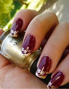 You only need to choose some contrasting nail polish. Flower nail designs are perfect for Teen Girls. There are many choices of flower nail designs for you. Gold Nail Art, Glitter Manicure, Gold Nails, Fun Nails, Gold Art, Burgundy Nail Designs, Burgundy Nails, Flower Nail Designs, Cool Nail Designs