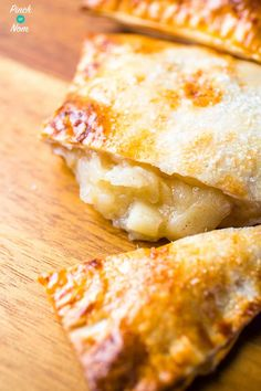 Apple Turnovers - Pinch Of Nom Slimming Recipes Apple Turnover Recipe, Turnover Recipes, Apple Turnovers, Slimming Eats, Slimming World Recipes, Slimming Workd, Clean Eating Recipes, Cooking Recipes, Calories Apple