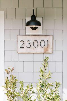 Exterior House Colors, Exterior Design, Exterior House Lights, Exterior Paint, Outdoor House Lights, Outside Lights On House, Modern Exterior, Home Renovation, Home Remodeling