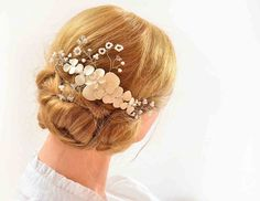 Bridal hair comb Floral headpiece in ivory Bridesmaid