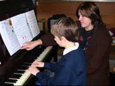 ... piano-online/piano-lessons-online-learn-play-piano-fast-online-tuition