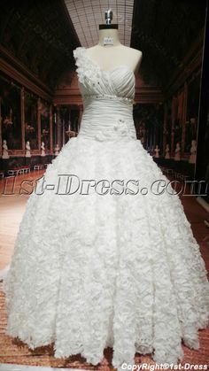 1st-dress.com Offers High Quality Luxury One Shoulder Ball-Gown Wedding Dress With Ruffle,Priced At Only US$275.00 (Free Shipping) Gown Wedding, Wedding Venues, Wedding Dresses, White Quinceanera Dresses, Body Shapes, Ball Gowns, One Shoulder, Tulle, Sequins