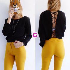 Sexy back  [SWEATER RAPUNZEL] $650 Local Belgrano Envíos Efectivo Tarjetas 3 cuotas sin interés Tienda Online www.oyuelito.com.ar #followme #oyuelitostore #stylish #styles #fashion #model #fashionista #fashionpost #ootd #moda #clothing #instafashion #trendy #chic #girl #trends #outfitoftheday #selfie #showroom #loveit #look #lookbook #inspirationoftheday #modafemenina