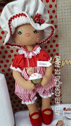 Elf Doll, Doll Toys, Baby Dolls, Christmas Mix, Christmas Crafts, Rag Doll Tutorial, Gingerbread Crafts, Red Dolls, Fabric Toys