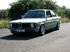 Silver BMW e21 320i on BBS RS with Chrome Caps