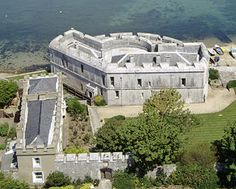 portland-castle - Built by Henry VIII to defend England, Wow, would love get closer to this one to see fortifications