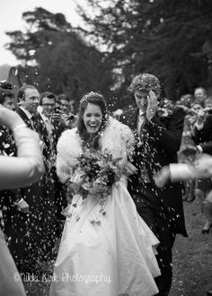 A winter wedding in Oxfordshire for Annie-Rose & Edward | Nikki Kirk Photography