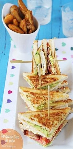 Un sabrosísimo clubhouse al que nadie le puede decir que no. | 16 Deliciosas recetas de sándwiches tan fáciles que no te lo vas a creer