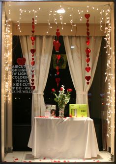 2013 #Valentine Display #cbdsalon