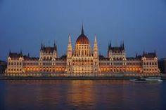 parlament - Google-keresés Budapest, Taj Mahal, Louvre, Mansions, House Styles, Building, Travel, Google, Gothic