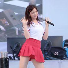 Kim Yulhee  fancam is not mine ;) music   aalow aalow . . . #yulhee #laboum #sonamoo #hellovenus #redvelvet #ninemuses #pristin #ioi #aoa #apink #bestie #mamamoo #blackpink #bravegirls #wjsn #twice #clc #afterschool #stellar #fiestar #exid #fx #snsd #gugudan #gfriend #ohmygirl #dalshabet #dreamcatcher #girlsday #girlgroup