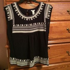 Forever 21 silky sleeveless blouse Beautifully embroidered. Navy with cream stitching Forever 21 Tops Blouses