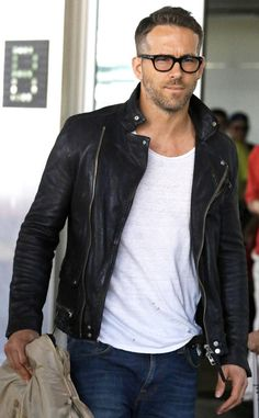 f8e637ea12 Leather jackets really are a vital component to every single man s closet.  Men require outdoor jackets for a number of functions and several varying  weather ...