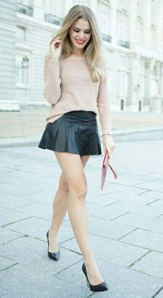 8f7f5d40e69 Cute flared leather look mini skirt. Pleated Skirt Outfit Short