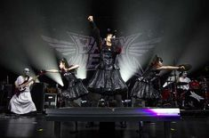 BABYMETAL Manchester Arena Supporting Red Hot Chili Peppers 15/12/2016 - ByLee Harman (https://www.flickr.com/photos/equilibriumproductions/) - Imgur