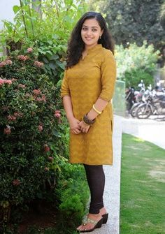 Nithya Menon in Churidar Photo Set — Entertainment Exclusive Photos Most Beautiful Indian Actress, Beautiful Actresses, Trisha Photos, Indian Women Painting, Nithya Menen, Girls Phone Numbers, Granny Chic, Cute Celebrities, Celebs