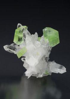 Augelite with Quartz ~ Mundo Nuevo Mine, Mundo Nuevo, Huamachuco, Sanchez Carrion, La Libertad, Peru