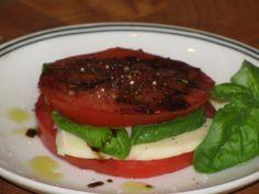 80 CALORIE Caprese Sandwich Snack Recipe
