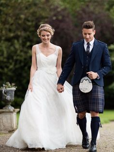 These days, emphasis on picking the perfect groom's outfit to complement the bride's gown has grown. Let us help you select the perfect tartan and tweed for your wedding day!