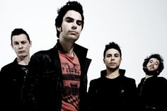 The Stereophonics have announced a UK arena tour for November, beginning at Glasgow's new Hydro venue and coming to a conclusion at the Arena in London. The Welsh band are currently playing a series of intimate shows. Pick A Part, Richard Jones, Wow 2, Tour Tickets, Fans, Android, Britpop, Band Photos, Latest Albums