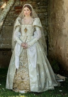 Tudor Costumes, Medieval Costume, Period Costumes, Tudor Fashion, Fashion Tv, Fashion History, Mode Renaissance, Renaissance Fashion, Theatre Costumes