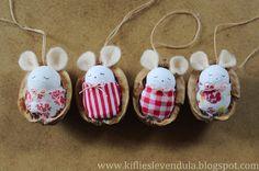 "Képtalálat a következőre: ""dióhéj baba"" Foam Crafts, Diy Arts And Crafts, Crafts For Kids, Christmas Tag, Handmade Christmas, Christmas Ornaments, Christmas Craft Projects, Diy Projects To Try, Walnut Shell Crafts"