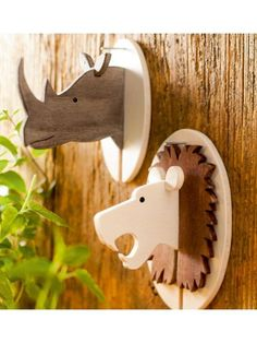 25 Trendy Ideas Small Wood Projects For Kids Wood Projects For Kids, Kids Wood, Wooden Crafts, Diy Wood Projects, Diy And Crafts, Woodworking Inspiration, Woodworking Projects Diy, Deco Originale, Wooden Animals